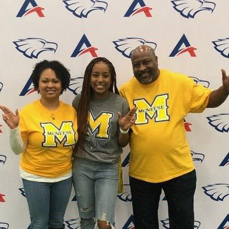 Makala Heath - DC Queens 2020 White - Signed to run Track @ Mcnesse state University